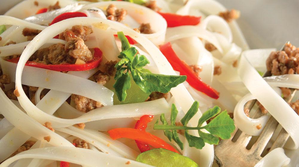 Fideo de arroz con carne molida sin gluten