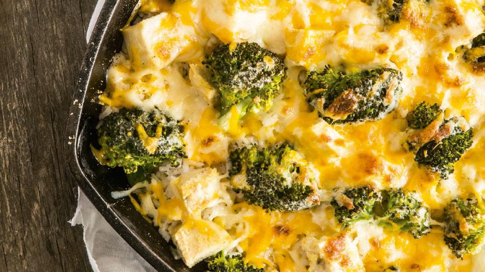 Pollo gratinado con brócoli