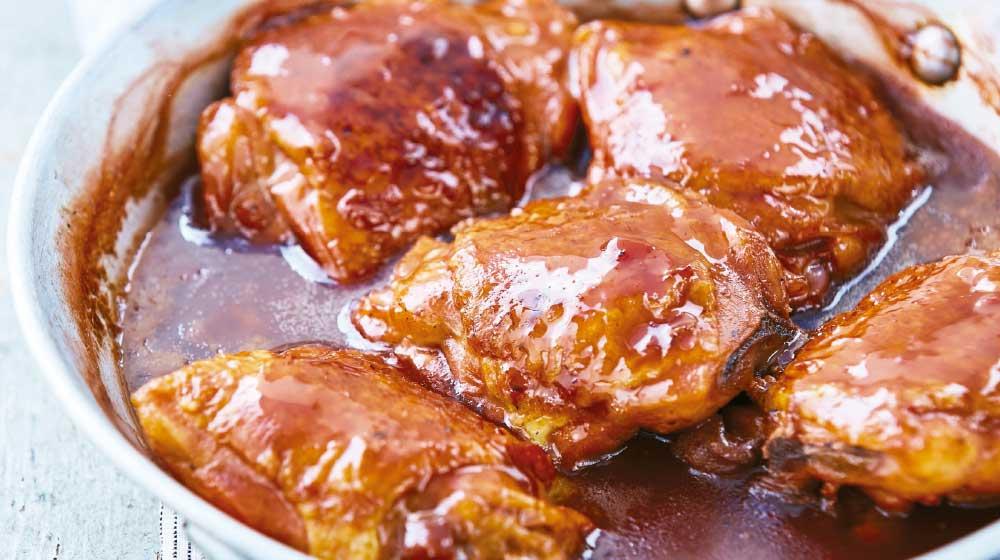 pollo-en-salsa-de-guajillo-y-vino-tinto