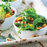 ensalada de pollo con mango