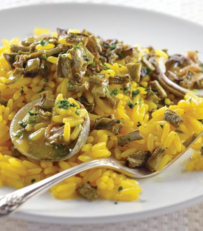 Arroz amarillo con almejas y nopales