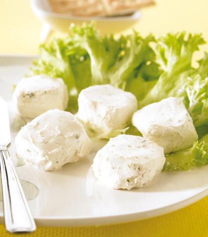 Dados de queso a la provenzal