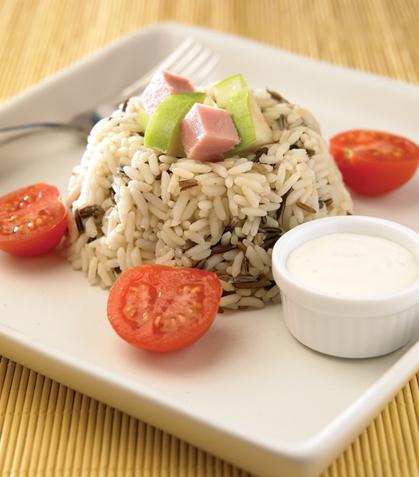 Ensalada de arroz con manzana y jamón