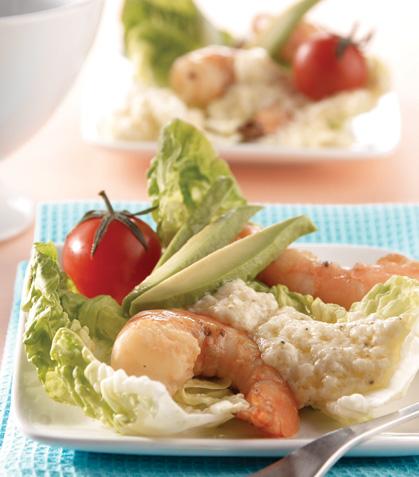 Ensalada de camarón con queso parmesano