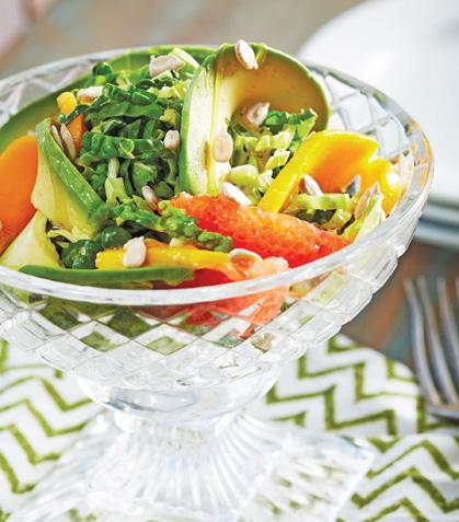 Ensalada de frutas y aguacate