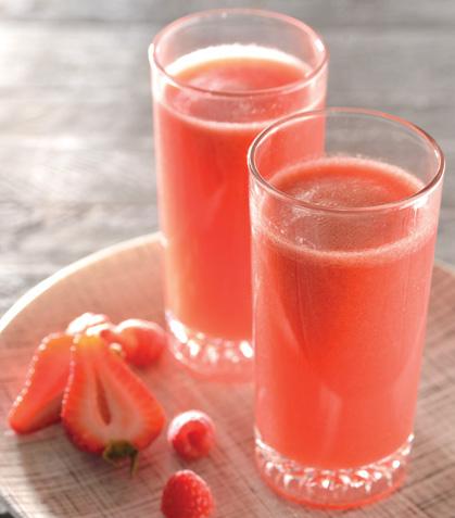 Jugo de frutas rojas