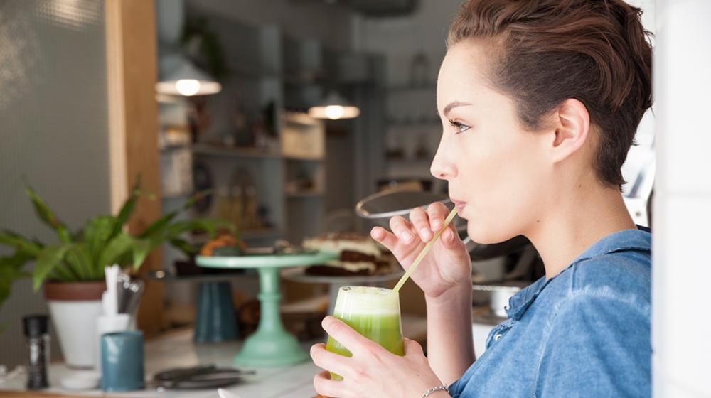 jugo verde para el estómago