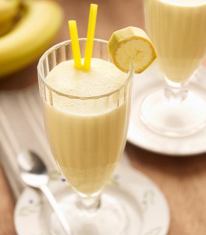 Licuado de plátano con cacahuate