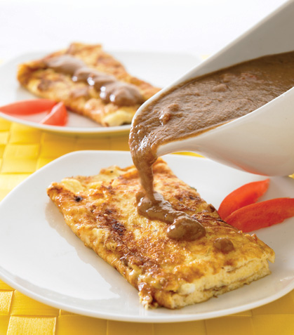Omelette de queso con crema de frijol