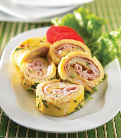 Rollos de huevo con jamón
