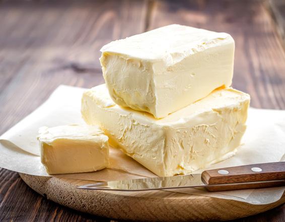 la margarina o la mantequilla?