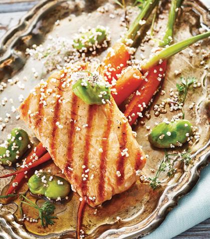 Salmón teriyaki con ensalada de habas y zanahoria