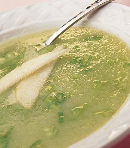 Sopa de apio y pera