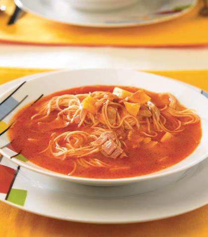 Sopa de fideo con papas y tocino
