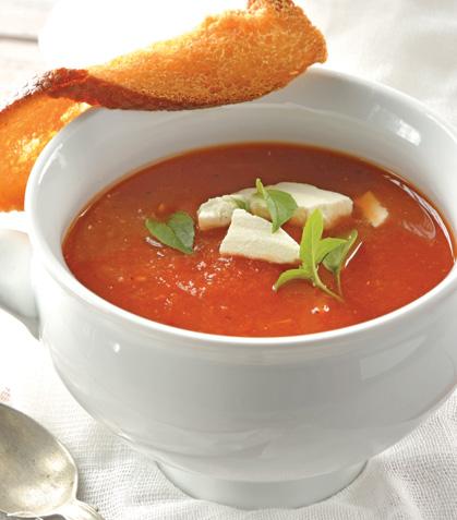 Sopa de jitomate asado con queso de cabra