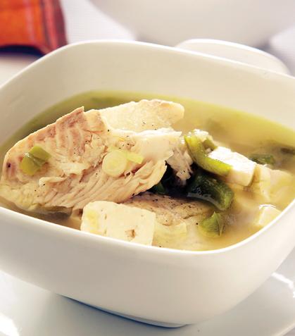 Sopa de pescado con queso