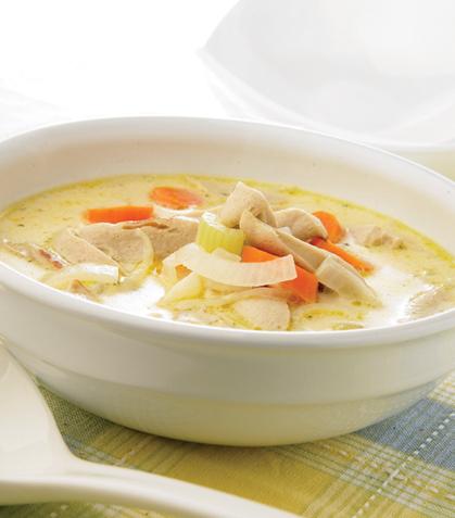 Sopa de salchicha blanca