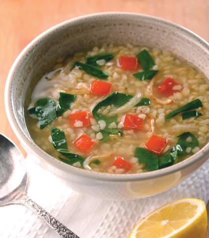 Sopa de trigo con espinaca y jitomate