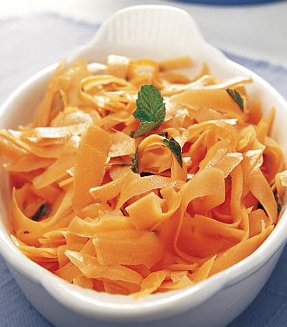 Zanahoria rallada con aderezo de limón