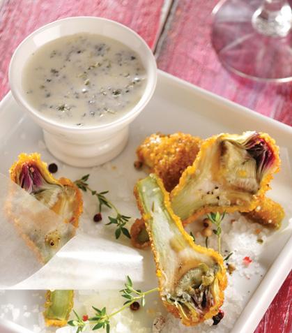 Alcachofas empanizadas con aderezo de queso azul