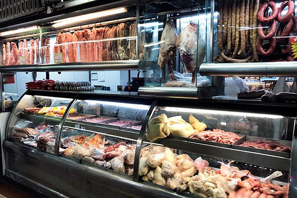 Comprar carnes y lácteos