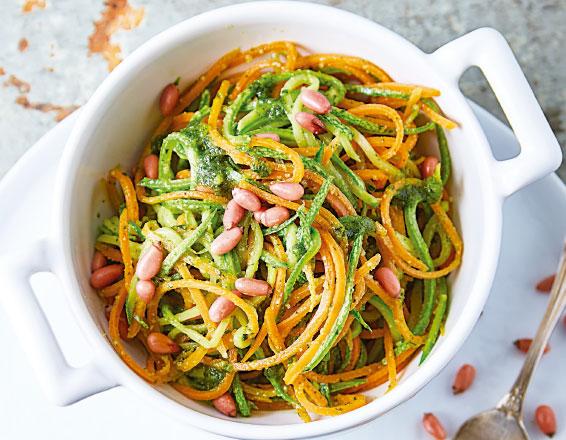 Fetuccini de verduras con pesto
