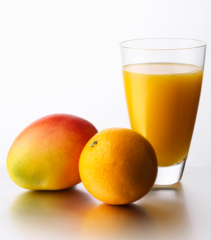 Jugo de mango con guayaba