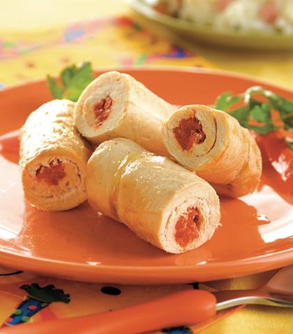 Rollitos de pechuga con pimiento y queso crema