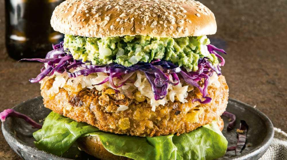 Hamburguesa de pollo crunchy y guacamole
