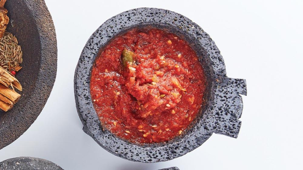 molcajete salsa roja asada