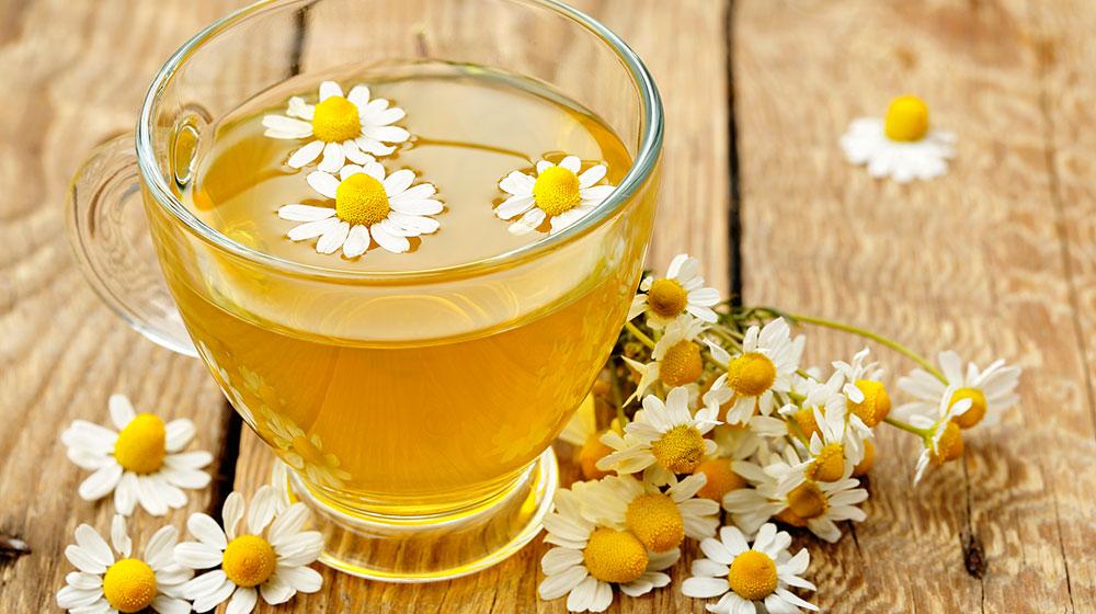 Sabes por qué es bueno tomar té de manzanilla?