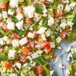 Tlayuda con guacamole y jícama