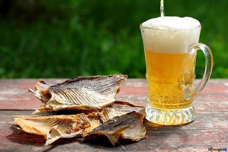beneficios de la cerveza beer saludable bebida