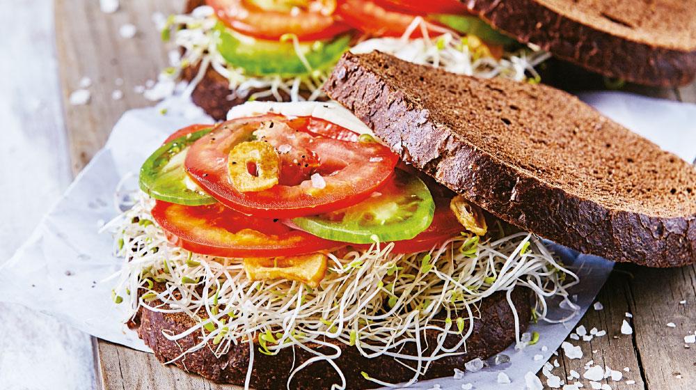 sándwich de jitomate