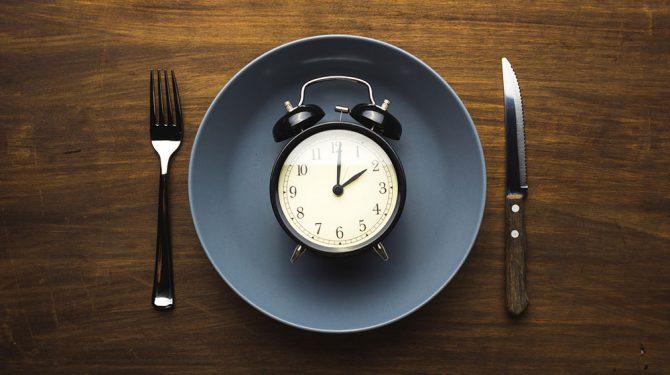 Ayuno intermitente, la nueva tendencia para perder peso