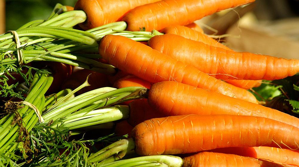 9 Beneficios de la zanahoria increíbles | Cocina Fácil