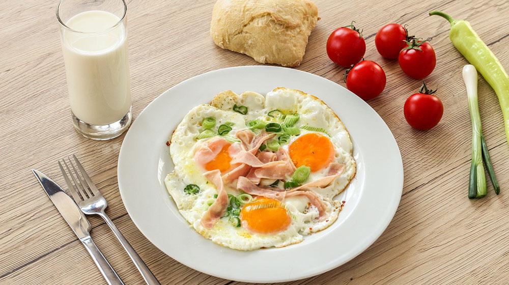 Pros y contras de comer huevo