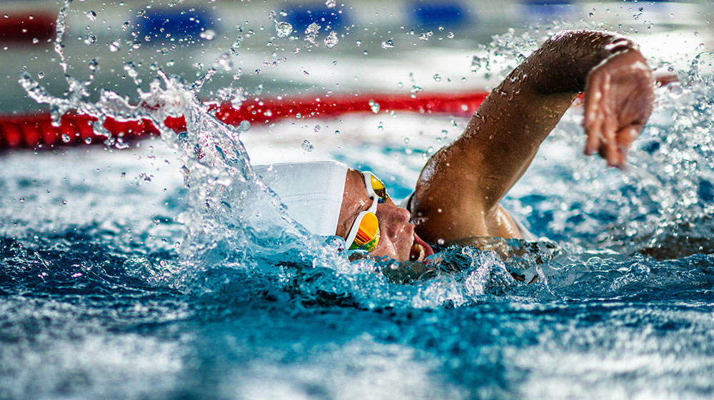 Qué comer si practicas natación