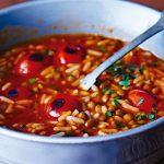 Sopa de jitomate rostizado con arroz