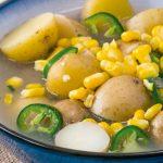 sopa de papa, jalapeño y elote dulce