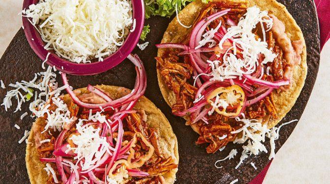 Cochinita pibil receta con sopes