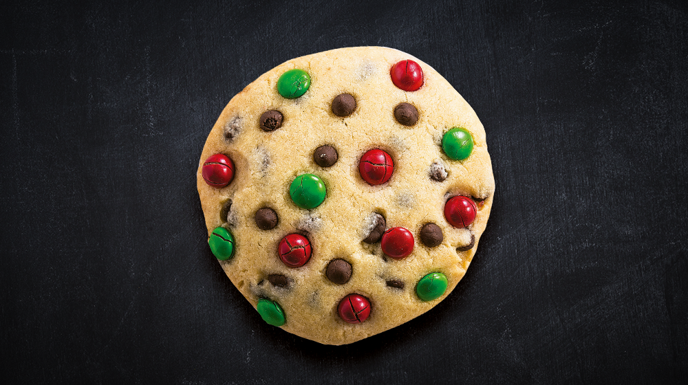 Cómo preparar una galleta con m&m´s