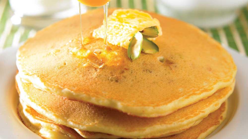 hot cakes de pistache con limón