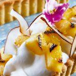 Tarta de piña con coco