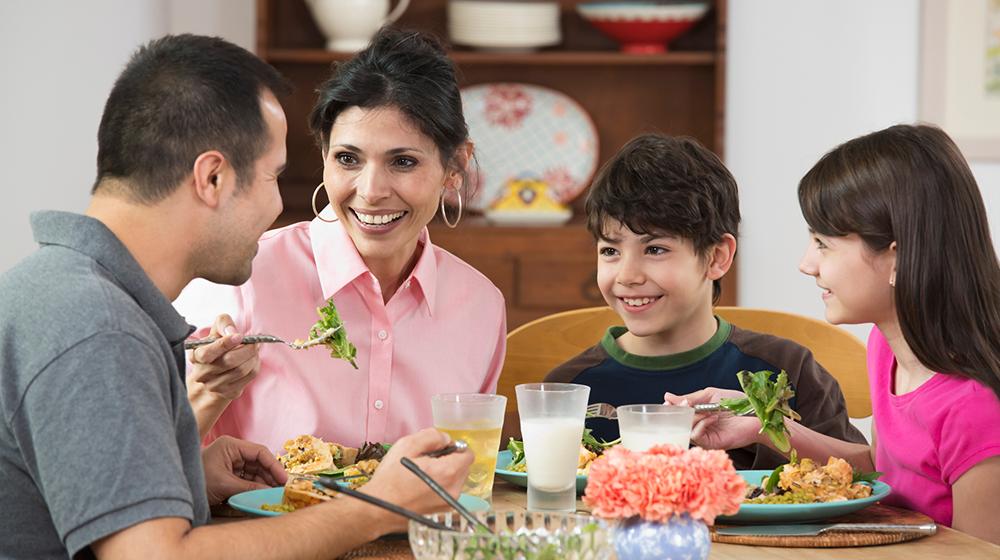 5 reglas de oro para comer en familia