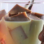 Gelatina de chocolate con rompope