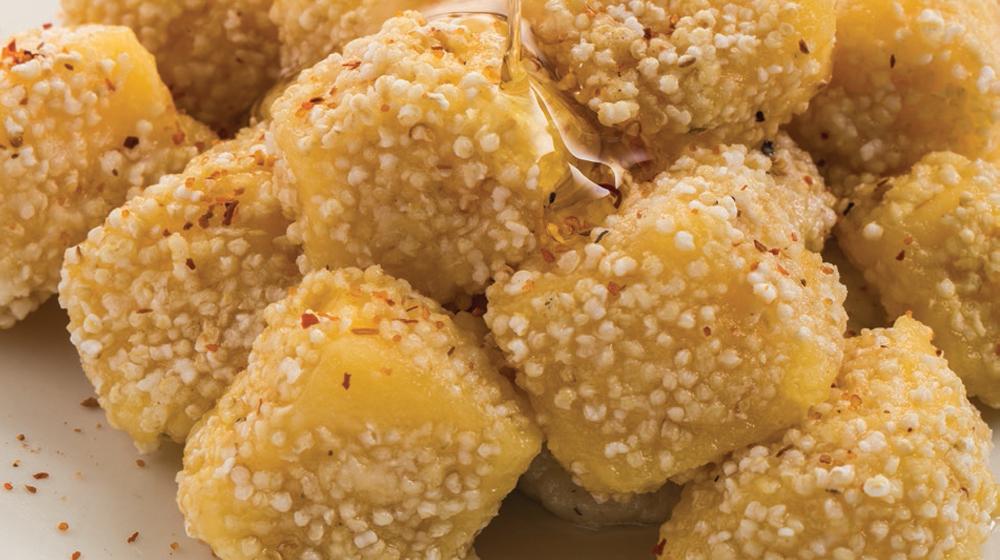 cubos de queso con amaranto