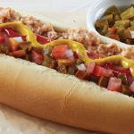 Hot dog con aderezo de tocino