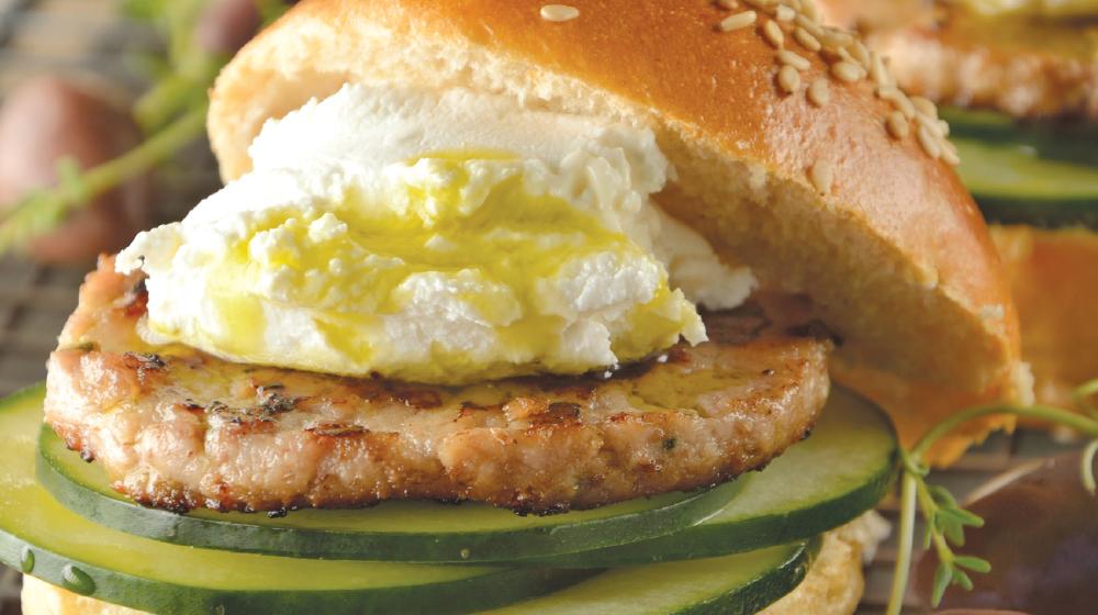 Mini hamburguesas de cordero con queso de cabra