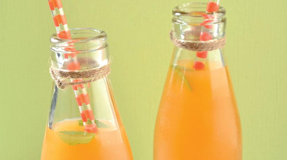 agua de piña naranja y menta